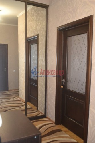 2-комнатная квартира (54м2) на продажу по адресу Стрельна г., Слободская ул., 4— фото 4 из 20