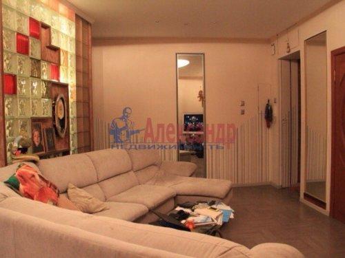 3-комнатная квартира (73м2) на продажу по адресу Московский просп., 191— фото 4 из 20