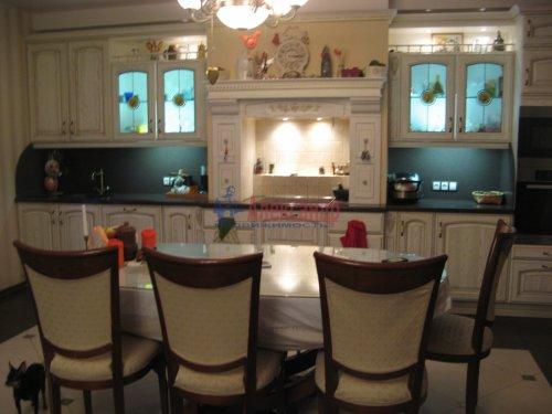 3-комнатная квартира (138м2) на продажу по адресу Пискаревский пр., 37— фото 7 из 24