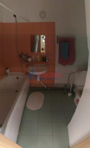 1-комнатная квартира (38м2) на продажу по адресу Мурино пос., Шоссе в Лаврики ул., 83— фото 10 из 14