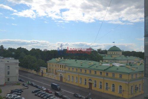 3-комнатная квартира (99м2) на продажу по адресу Шпалерная ул., 60— фото 9 из 9