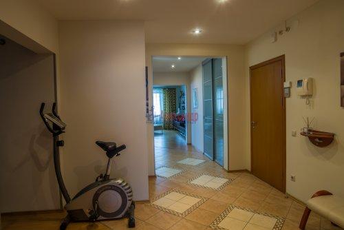3-комнатная квартира (145м2) на продажу по адресу Коломяжский пр., 20— фото 10 из 33