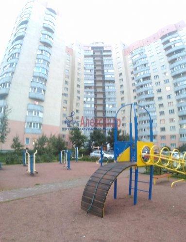 1-комнатная квартира (37м2) на продажу по адресу Мурино пос., Оборонная ул., 2— фото 1 из 23