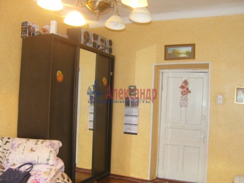 Комната в 3-комнатной квартире (89м2) на продажу по адресу Комсомола ул., 35— фото 3 из 10