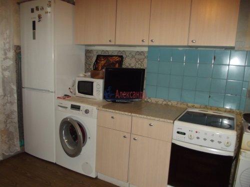 Комната в 3-комнатной квартире (79м2) на продажу по адресу Индустриальный пр., 29— фото 7 из 11