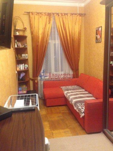 2-комнатная квартира (49м2) на продажу по адресу 18 линия В.О., 9— фото 5 из 9