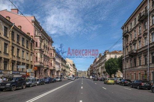 6-комнатная квартира (141м2) на продажу по адресу Марата ул., 60— фото 3 из 4