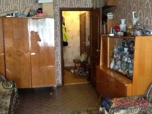 4-комнатная квартира (74м2) на продажу по адресу Коммунар г., Садовая ул., 6— фото 3 из 12