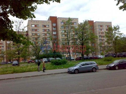 Комната в 8-комнатной квартире (179м2) на продажу по адресу Руднева ул., 4— фото 3 из 3