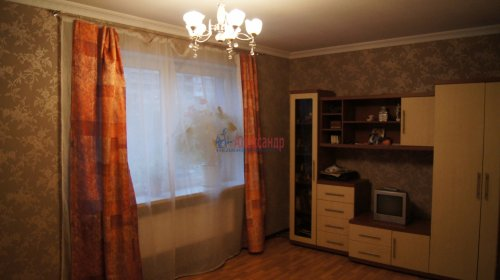 3-комнатная квартира (100м2) на продажу по адресу Науки пр., 17— фото 6 из 10
