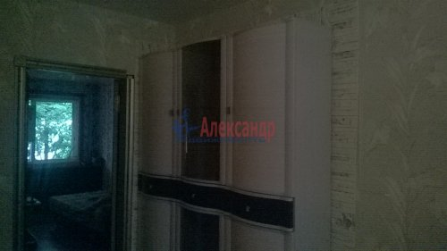 3-комнатная квартира (61м2) на продажу по адресу Коммунар г., Гатчинская ул., 16а— фото 3 из 3