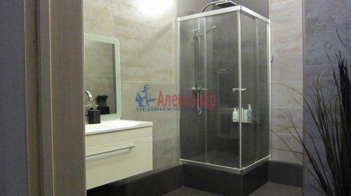 2-комнатная квартира (70м2) на продажу по адресу Петергофское шос., 5— фото 15 из 19