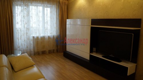 3-комнатная квартира (82м2) на продажу по адресу Варшавская ул., 23— фото 4 из 20