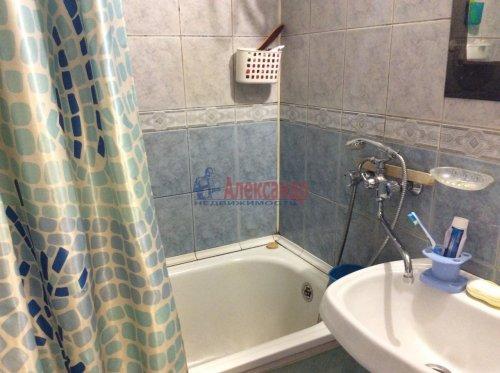 2 комнаты в 4-комнатной квартире (77м2) на продажу по адресу Подвойского ул., 17— фото 12 из 16