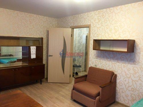 1-комнатная квартира (42м2) на продажу по адресу Сестрорецк г., Приморское шос., 300— фото 3 из 9