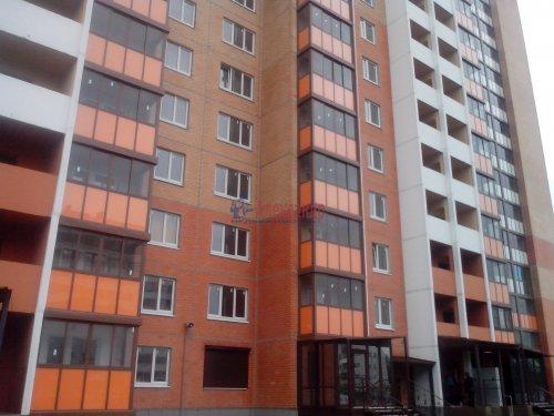 2-комнатная квартира (58м2) на продажу по адресу Кировск г., Партизанской Славы бул., 3— фото 1 из 9