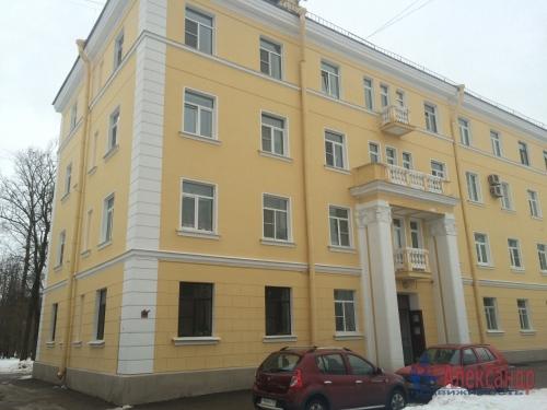 5-комнатная квартира (119м2) на продажу по адресу Петергоф г., Санкт-Петербургский пр., 9— фото 2 из 2