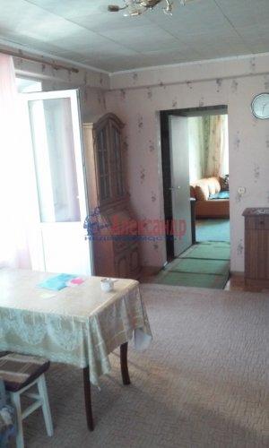 2 комнаты в 4-комнатной квартире (73м2) на продажу по адресу Горелово пос., Школьная ул., 43— фото 1 из 8