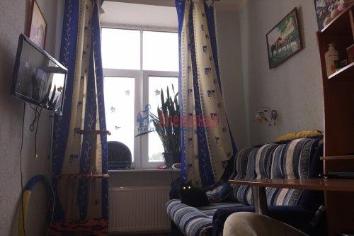 Комната в 12-комнатной квартире (623м2) на продажу по адресу Смоленская ул., 31— фото 3 из 7