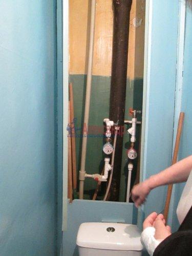2-комнатная квартира (48м2) на продажу по адресу Кириши г., Мира ул., 4— фото 8 из 8