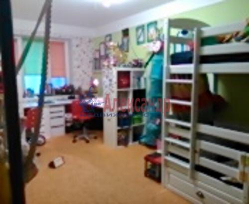 4-комнатная квартира (74м2) на продажу по адресу Художников пр., 3— фото 3 из 4