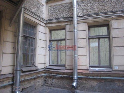 2-комнатная квартира (49м2) на продажу по адресу 18 линия В.О., 9— фото 4 из 9