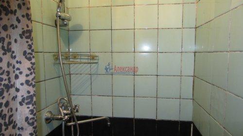 Комната в 8-комнатной квартире (141м2) на продажу по адресу Малодетскосельский пр., 32— фото 13 из 13
