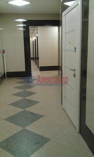 2-комнатная квартира (77м2) на продажу по адресу Луначарского пр., 15— фото 13 из 14