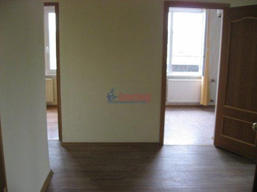 3-комнатная квартира (59м2) на продажу по адресу Шушары пос., Ленсоветовская дор., 3— фото 6 из 11