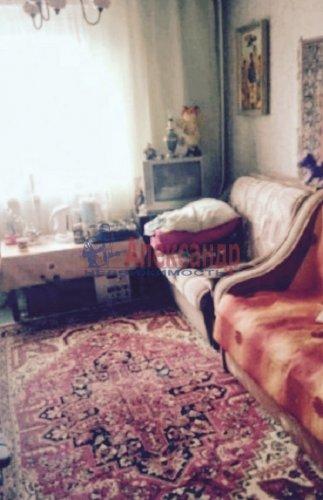 2 комнаты в 8-комнатной квартире (200м2) на продажу по адресу Металлострой пос., Садовая ул., 21— фото 5 из 5
