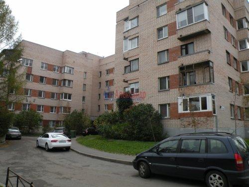 2-комнатная квартира (51м2) на продажу по адресу Сестрорецк г., Токарева ул., 12— фото 4 из 5