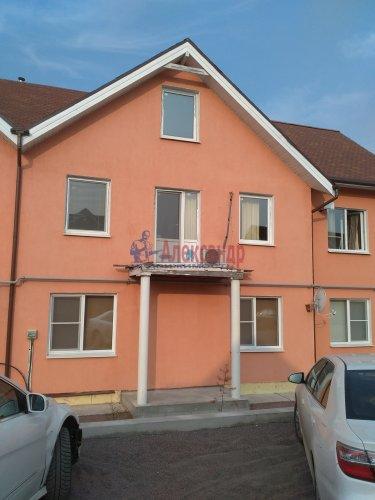 2-комнатная квартира (82м2) на продажу по адресу Корнево дер., 3— фото 2 из 16