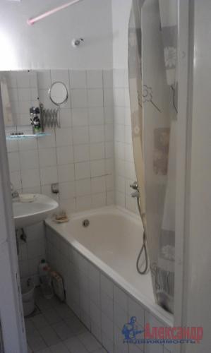 3-комнатная квартира (60м2) на продажу по адресу Новое Девяткино дер., 49— фото 14 из 16