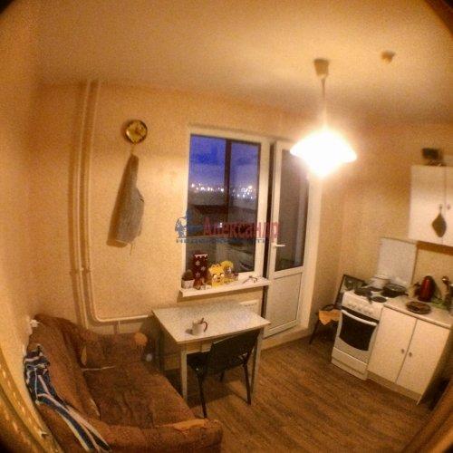 2-комнатная квартира (55м2) на продажу по адресу Маршала Казакова ул., 50— фото 11 из 17