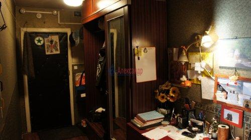 2-комнатная квартира (54м2) на продажу по адресу Ярослава Гашека ул., 2— фото 2 из 10