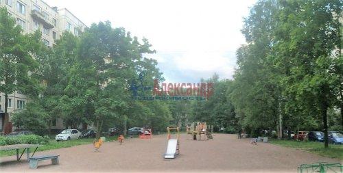 1-комнатная квартира (31м2) на продажу по адресу Софьи Ковалевской ул., 5— фото 9 из 9