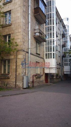 Комната в 3-комнатной квартире (89м2) на продажу по адресу Севастьянова ул., 1— фото 2 из 3