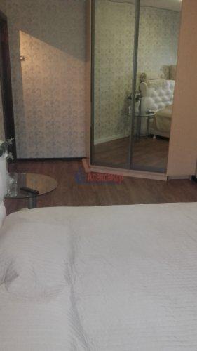 2-комнатная квартира (43м2) на продажу по адресу Петергоф г., Разведчиков бул., 16— фото 6 из 24