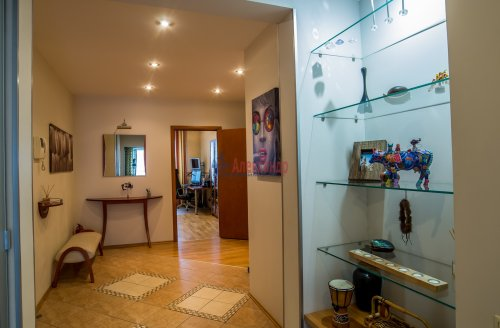 3-комнатная квартира (145м2) на продажу по адресу Коломяжский пр., 20— фото 12 из 33