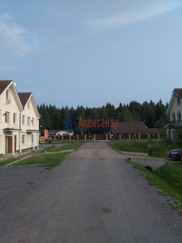 2-комнатная квартира (82м2) на продажу по адресу Корнево дер., 3— фото 3 из 16