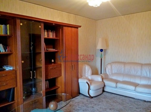 1-комнатная квартира (39м2) на продажу по адресу Ленинский пр., 75— фото 4 из 12