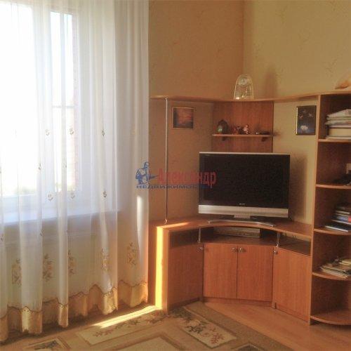 2-комнатная квартира (63м2) на продажу по адресу Новоколомяжский пр., 4— фото 2 из 22