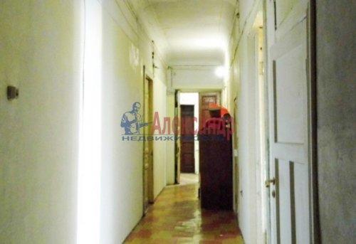 7-комнатная квартира (234м2) на продажу по адресу Суворовский пр., 39— фото 4 из 10