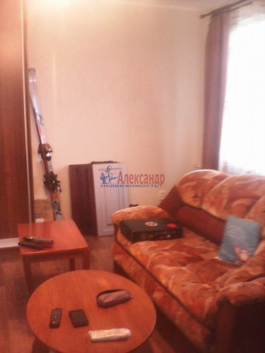 1-комнатная квартира (36м2) на продажу по адресу Приозерск г., Кирова ул.— фото 1 из 15