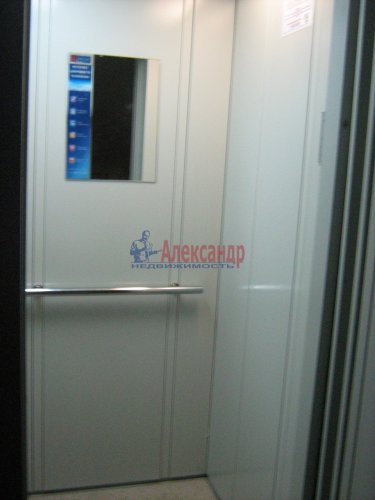 Комната в 3-комнатной квартире (60м2) на продажу по адресу Сикейроса ул., 6— фото 16 из 19