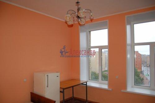 Комната в 4-комнатной квартире (92м2) на продажу по адресу Гаванская ул., 2— фото 2 из 16