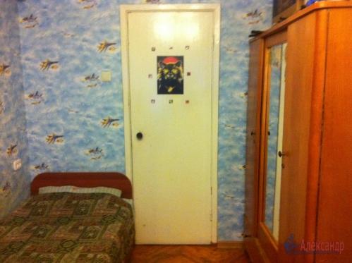 2-комнатная квартира (45м2) на продажу по адресу Маршала Блюхера пр., 63— фото 3 из 10