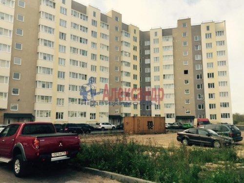 2-комнатная квартира (64м2) на продажу по адресу Гатчина г., Красных Военлетов ул., 2A— фото 1 из 9