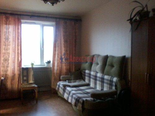 1-комнатная квартира (40м2) на продажу по адресу Большевиков пр., 30— фото 3 из 13