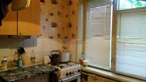 Комната в 4-комнатной квартире (80м2) на продажу по адресу Народного Ополчения пр., 187— фото 4 из 10